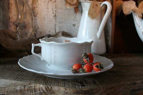 Bavaria Bianca - Cup Of Vintage