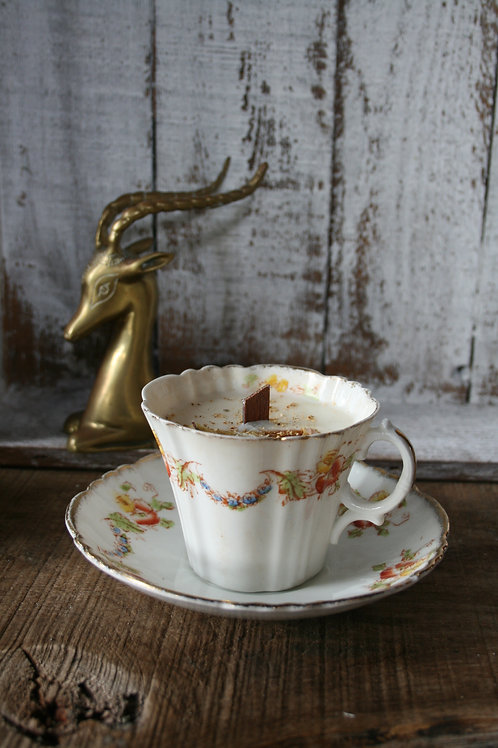Royal Albert - Cup of Vintage