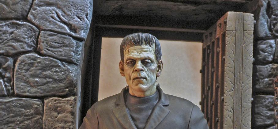 Moebius Frankenstein, Figure