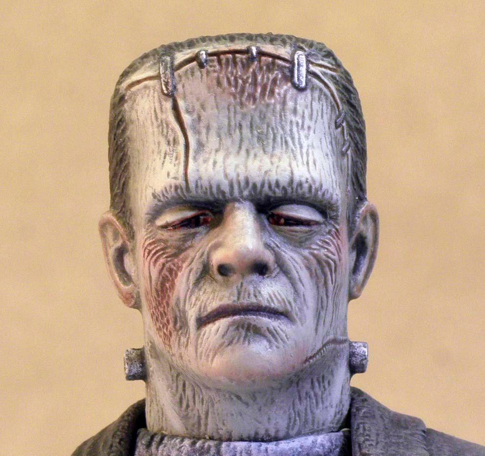 Frankenstein, Close Up