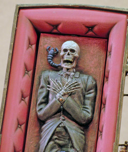 SC Vampire Skeleton, Close Up