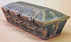 SC Vampire Coffin, Hinge Side