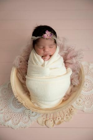 newborn photographers melbourne.jpg