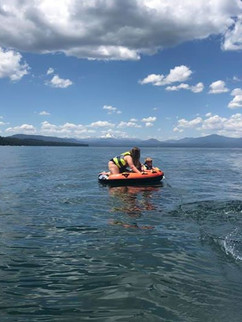 Keris and Whalen out on the tube