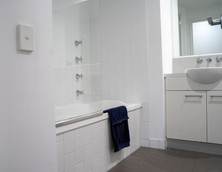 Bathroom 2 504:212 Margaret Street.jpg