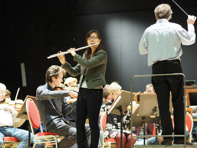 Tomomi in Rehearsal with the Karlovy Vary Symphony Orchestra