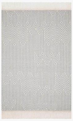 NEWTON   LT Grey/Ivory