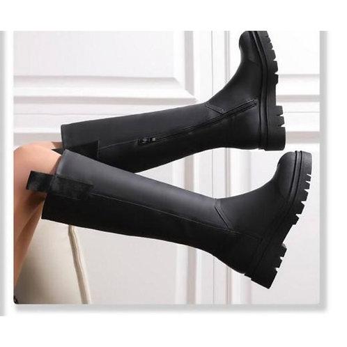 Chunky knee boots