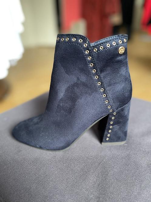 XTI - Eyelet detail heeled boot - Navy
