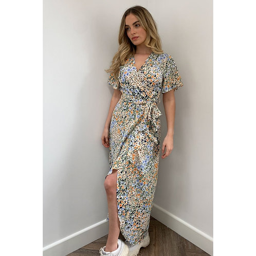 Girl in Mind - Floral wrap style dress