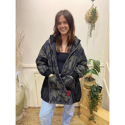 Oversized camouflage zip detail coat