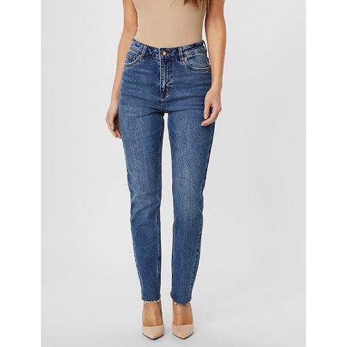 Vero Moda - High Rise Fray bottom Straight leg jean