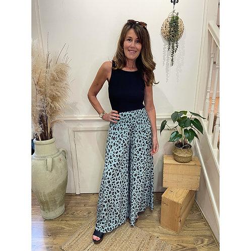 Leopard print wide trousers