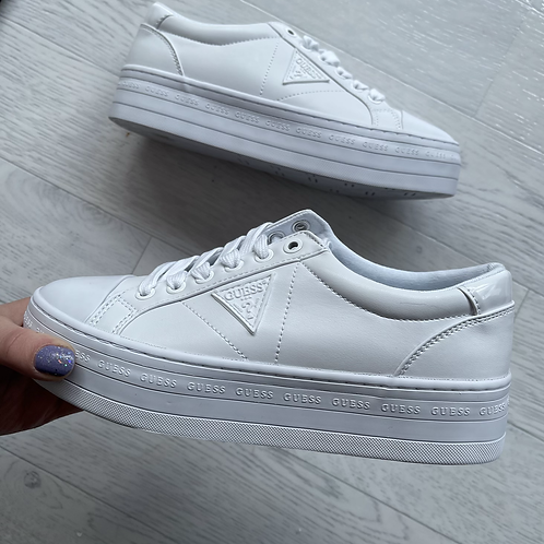 GUESS - Chunky sole trainers