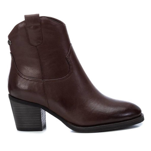 XTI - Brown cowboy style ankle boots