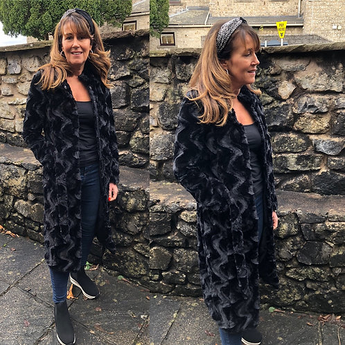 Vero Moda - Midi faux fur belted coat