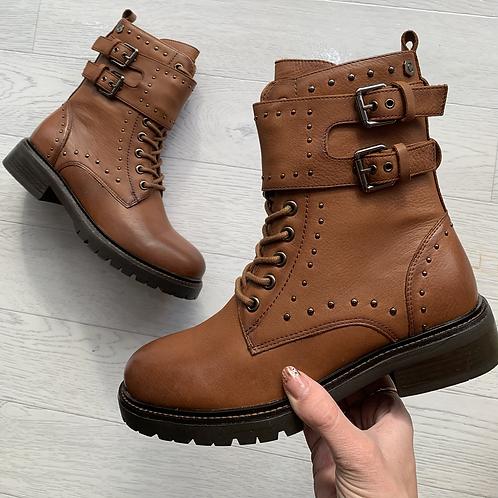 Carmela - Tan leather biker  boots