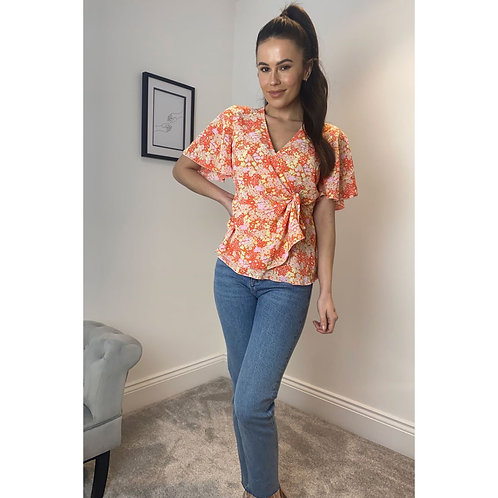Girl in Mind - Floral wrap top