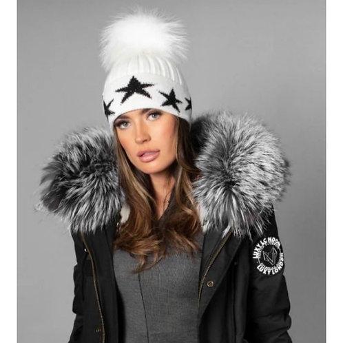 Luxy London - PHOENIX STAR EMBELLISHED POM POM HAT - White