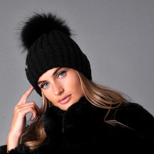 Luxy London - BOSTON cable knit Pom Pom hat