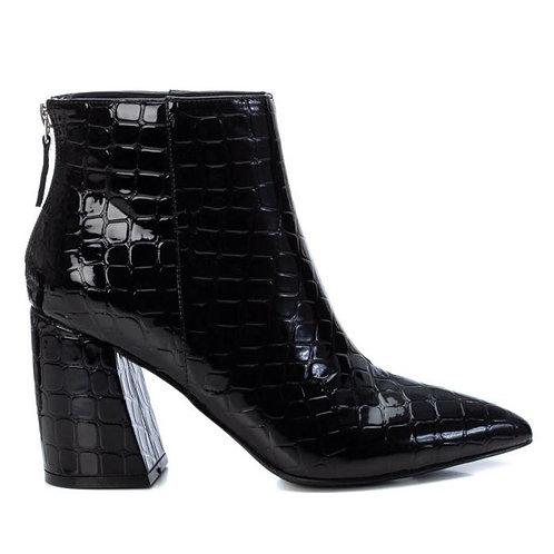 XTI - Patent croc ankle boot