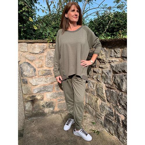 Malissa j - bling zip oversized top