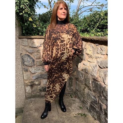 Malissa J - Animal print chiffon asymmetric tunic