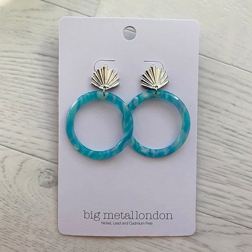 Big Metal - Shell hoop earrings