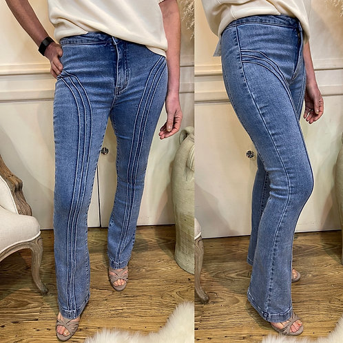 Fitted boot flare jeans