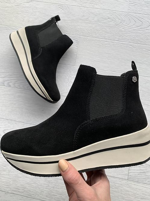 Carmela - Designer inspired trainer/boot