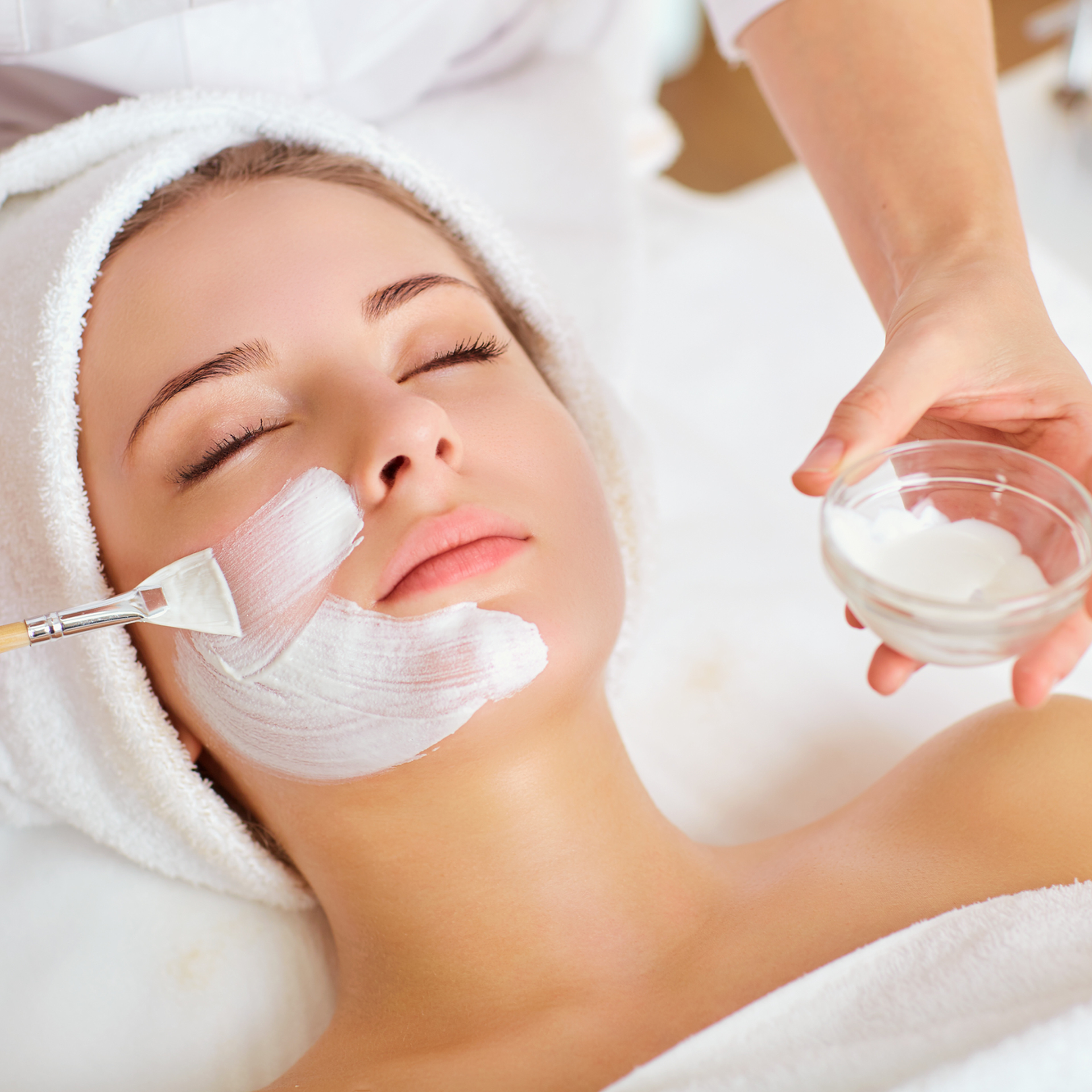 Achtsam Gesichtspflege Behandlung