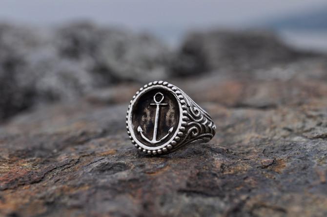 "HRjewelry Geneva                               ""DEEP WATER"" Rings Collection"