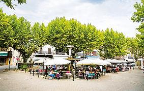 Place de Laragne Montéglin