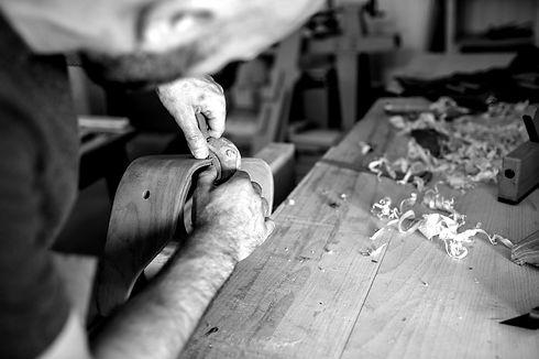 Ebeniste Annecy. Fabrication de mobilier design et sur mesure.