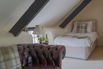 Bearslake Inn (inside)-24.jpg