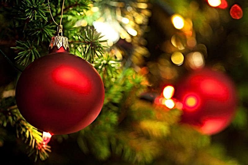 best-christmas-affiliate-programs.jpg