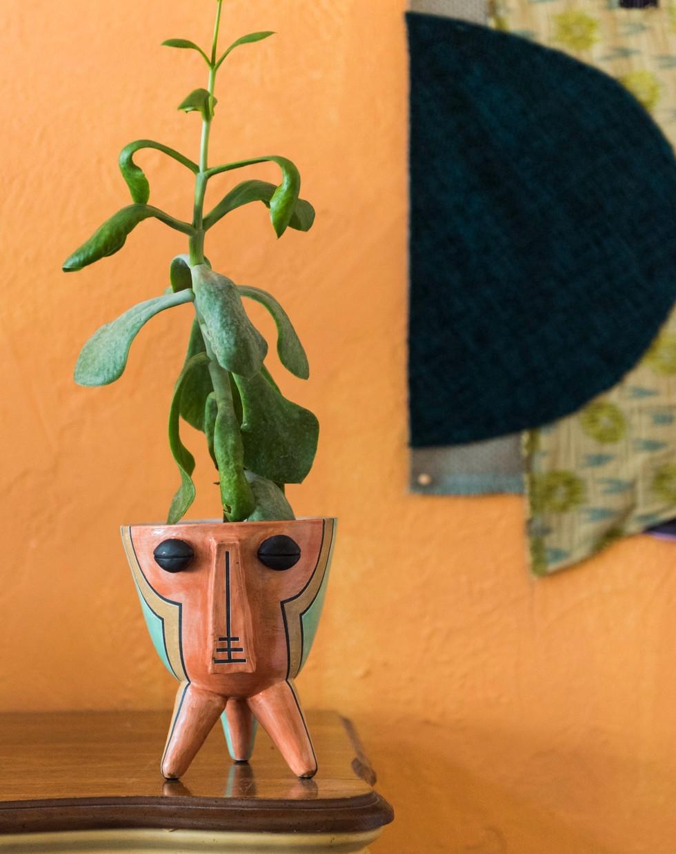 Chokwe Planter