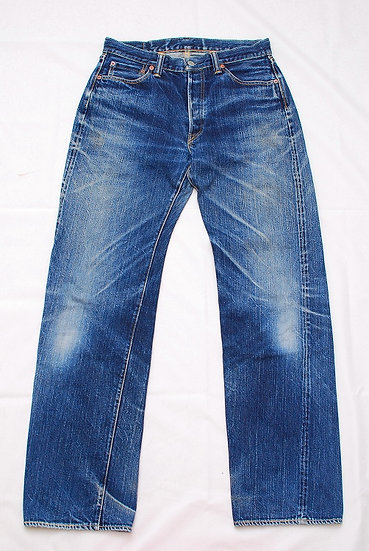 2005 year model The Flat Head Jeans 3005xx w32