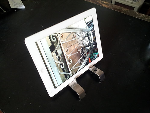 Polished stainless steel iphone pad stands