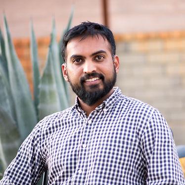 Madhu Viswanathan, digital marketing and analytics, professor, ISB, Marketing, B2B, Data Science