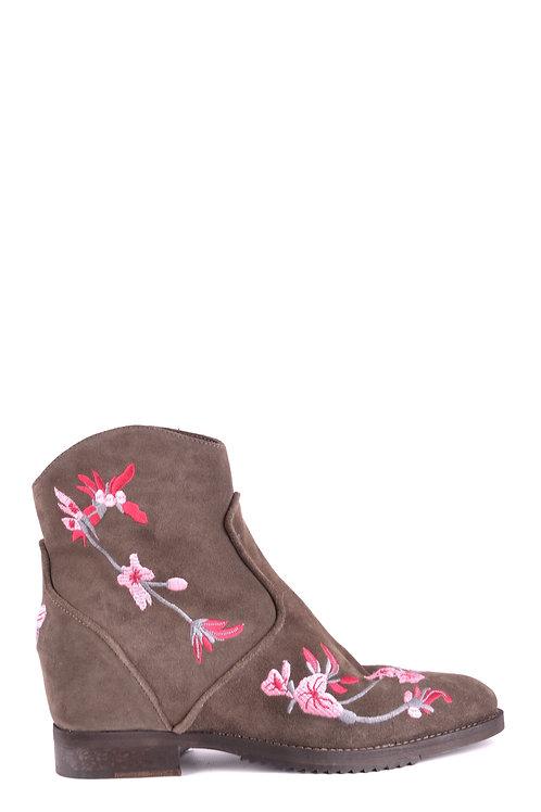 Shoes J|D JULIE DEE