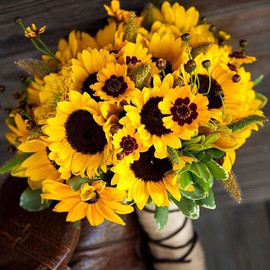 It's a #sunflower kind of Saturday today