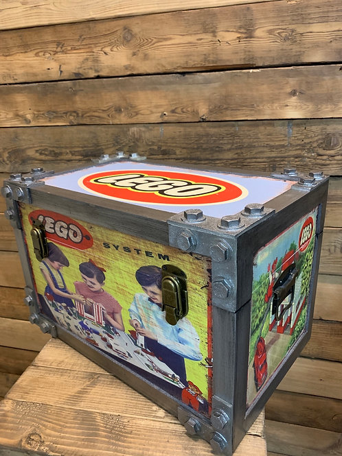 Small Lego trunk