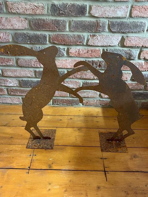 Single heritage steel boxing hare