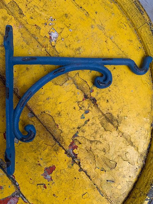 Blue hanging basket backer