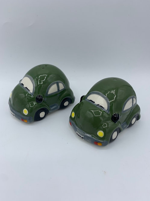 Salt & Pepper car set