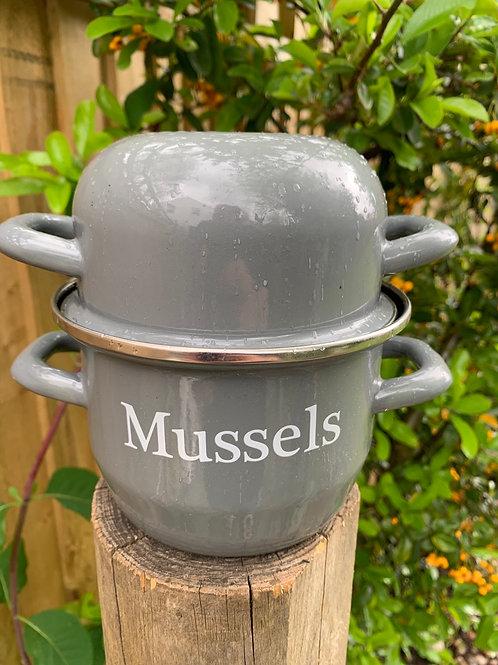 Enamel Mussels pot