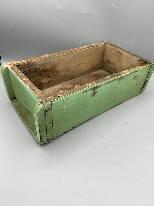 Green Indian brick mould