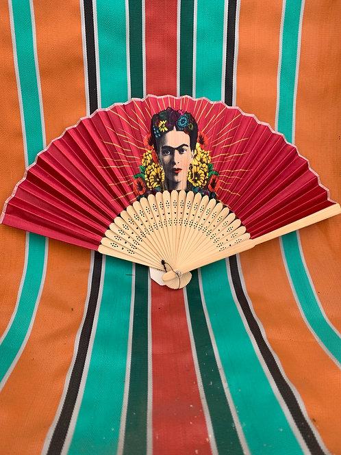 Pink Frida Kahlo fan