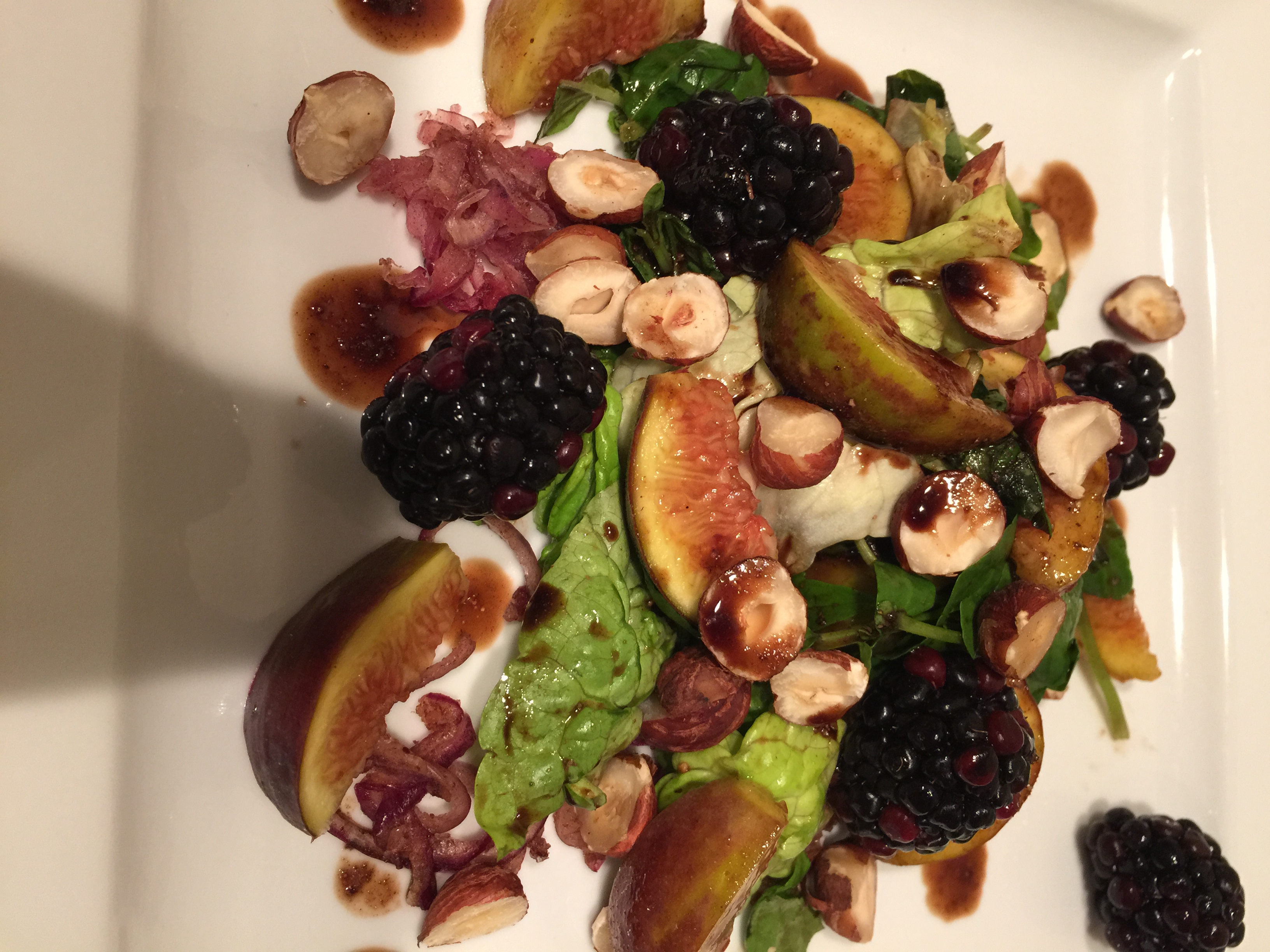 Fig and blackberry salad